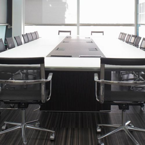 BESPOKE BOARDROOM SPACES